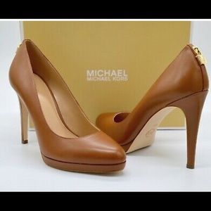 MICHAEL MICHAEL KORS Antoinette Leather Pump SZ8.5